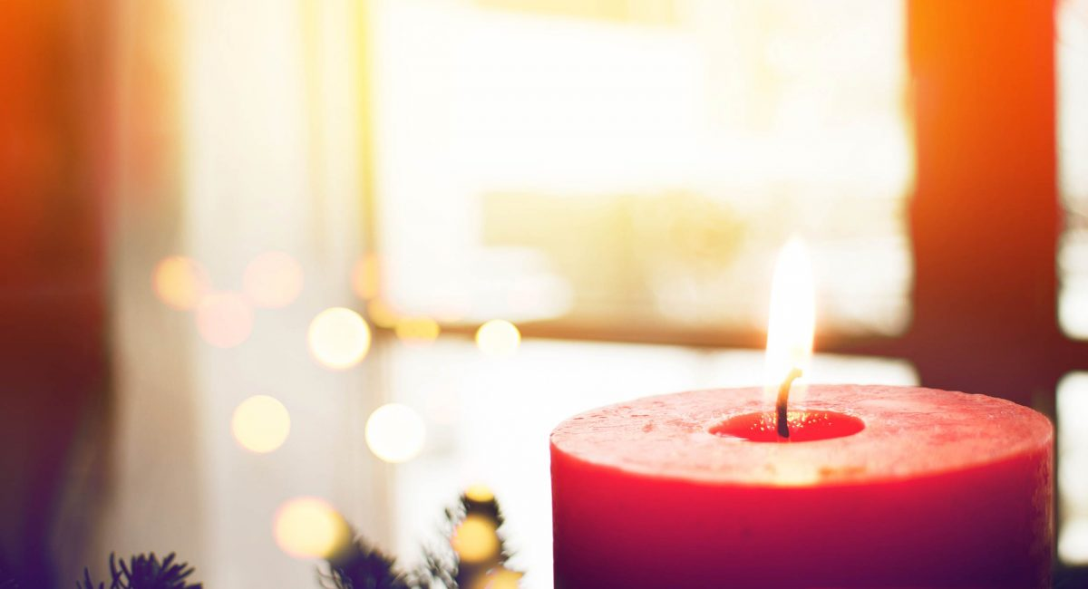 Adventsgruss mit Kerze