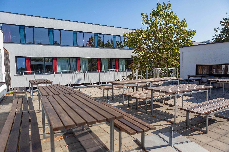 Sonnenterasse Schule
